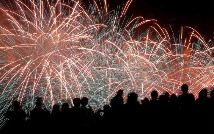 fireworks should be banned essay Order your why fireworks should be legal paper at affordable prices with live paper help in the city of kennewick, it is illegal to possess or set off any fireworks this does not include pop-its or party poppers (the kind you pull the string on.